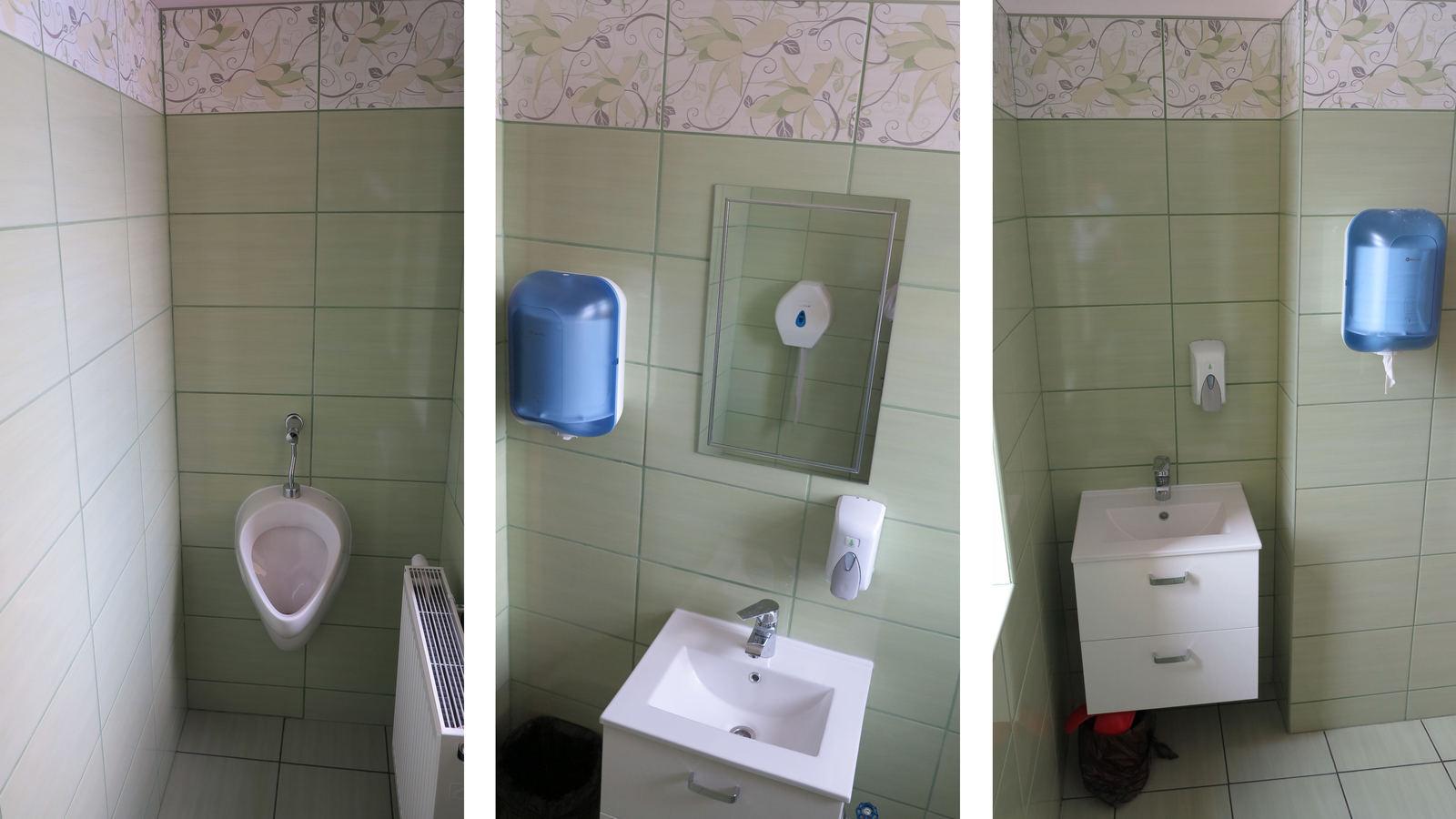 Obraz przedstawia trzy zdjęcia odnowionych sanitariatów. Widać na nich zielone płytki  ścienne, nową armaturę łazienkową w kolorze białym.