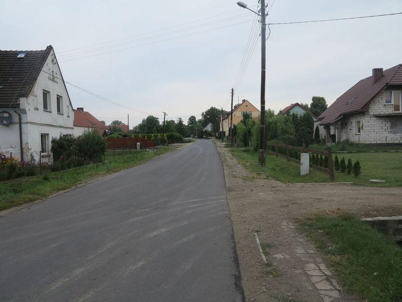 chodnik Długa 1.jpeg